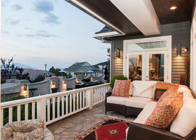 Shearer/Vanrooijen - Kelowna BC contemporary-porch