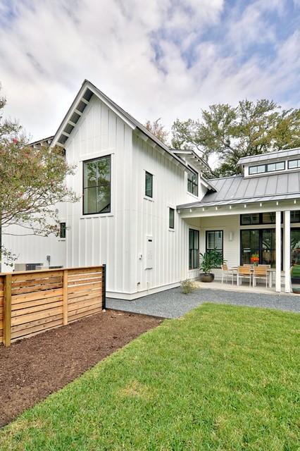 Modern Farmhouse - Farmhouse - Porch - Other - by im Brown ... - ^