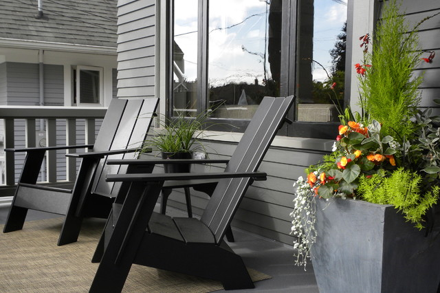 contemporary porch by Sarah Greenman