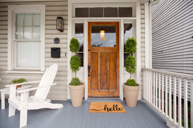 My Houzz: Colorful Preppy Style in South Carolina craftsman-porch