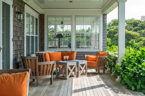 beach-style-porch 15 Beautiful Examples of Teak Furniture Designs