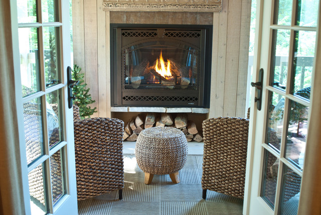 Neutrals Classic Residence traditional-porch