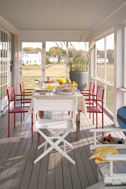 New England Cottage traditional-porch