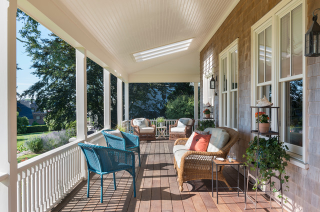 Inspiration For A Beach Style Front Porch Remodel In Providence