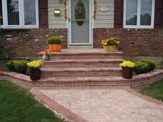 Nicolock Paving Stone Stoop Garden Bed And Walkway