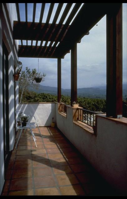 Ojai, California home mediterranean-porch