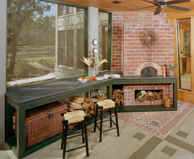Outdoor Kitchen eclectic porch