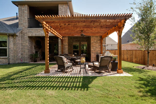Outdoor Living Area traditional porch