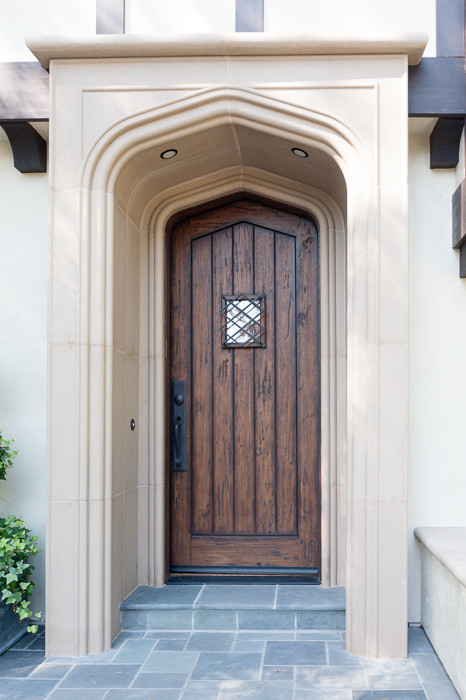 This is an example of a traditional porch design in San Francisco.