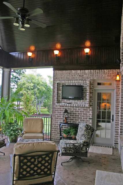 Parade of Homes Turners Pointe traditional-porch