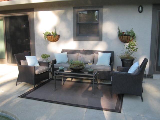Patio contemporary-porch