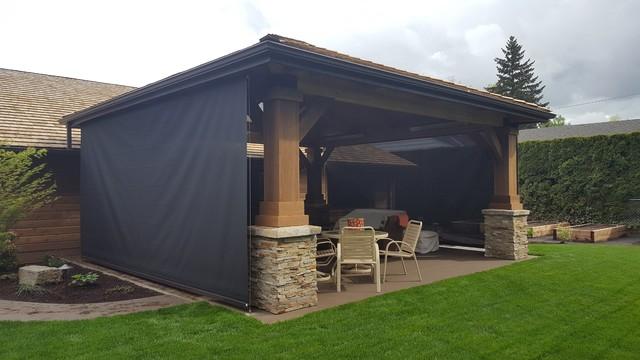 Patio drop screen enclosure craftsman porch portland for Craftsman screened porch