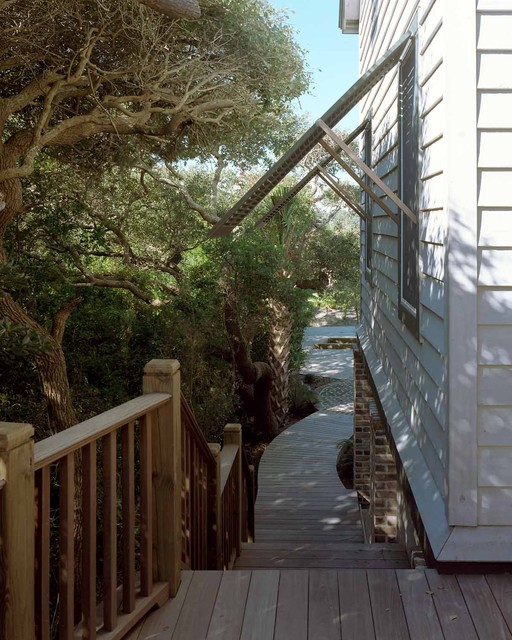 Pawleys Island Residence beach-style-porch