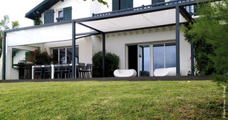 pergolas moderne porche le havre par abritez vous chez nous socotex. Black Bedroom Furniture Sets. Home Design Ideas