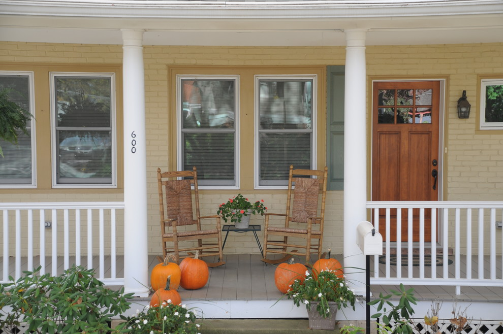 Classic front porch idea in Philadelphia