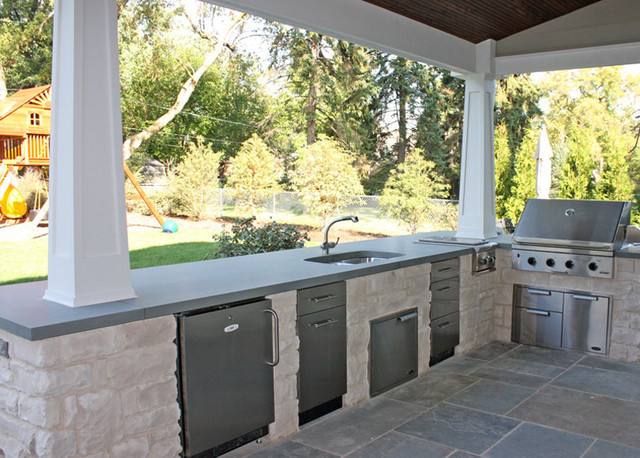 Rear Porch Outdoor Kitchen Traditional Porch Chicago By