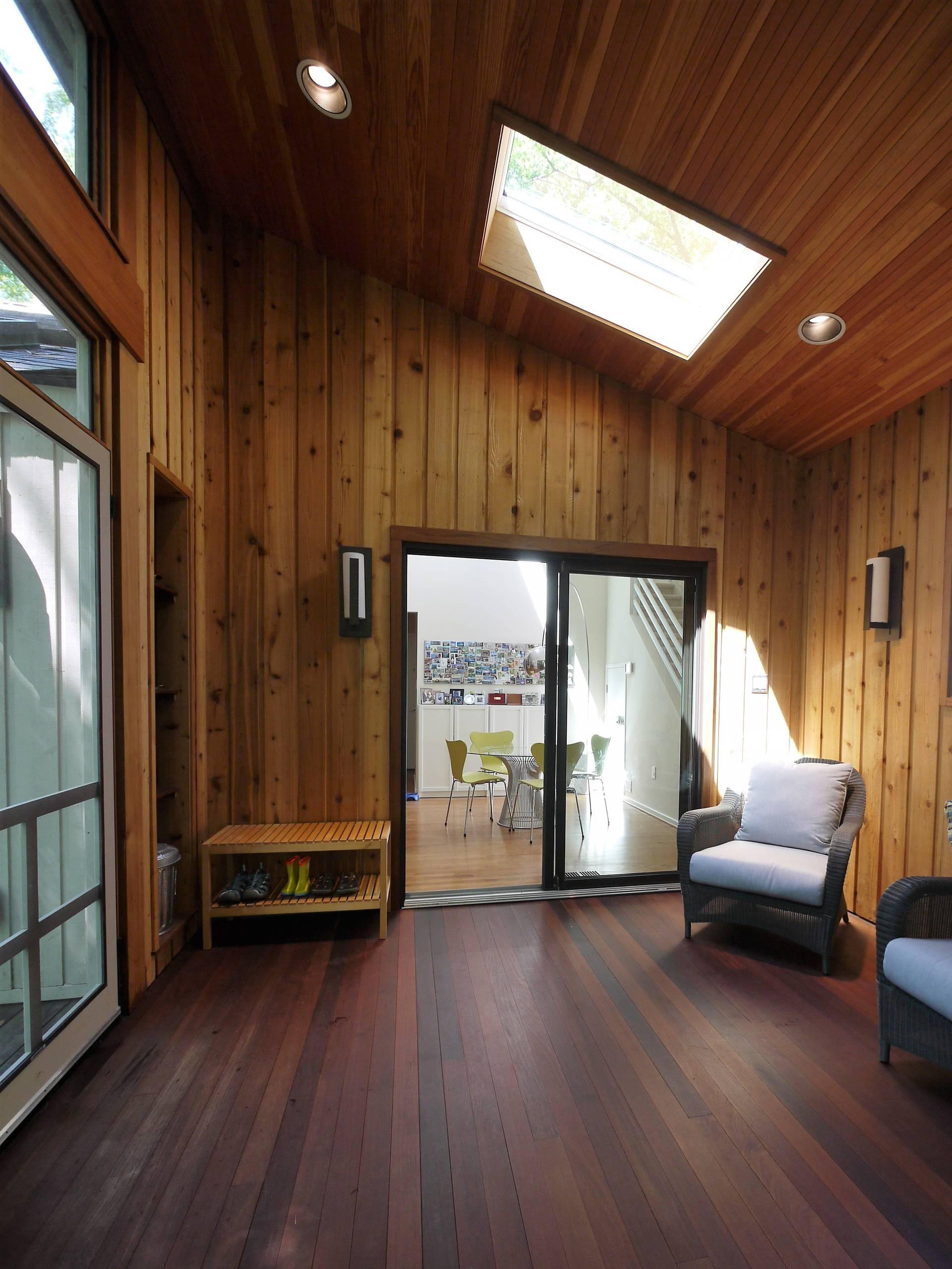 Reston Screened Porch