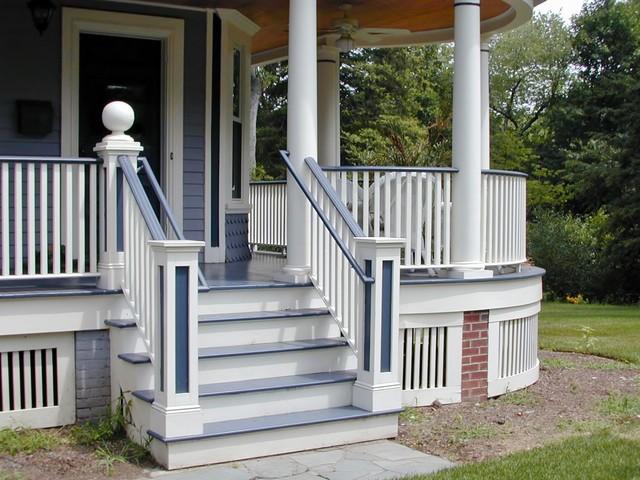 RIDGEWOOD VICTORIAN traditional-porch