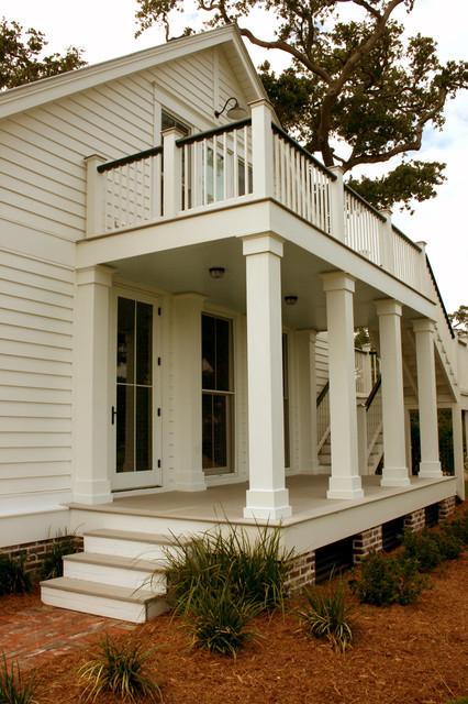 RJ Elder Design traditional-porch