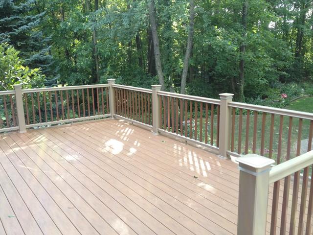 Rochester Hills MI PVC deck traditional-porch