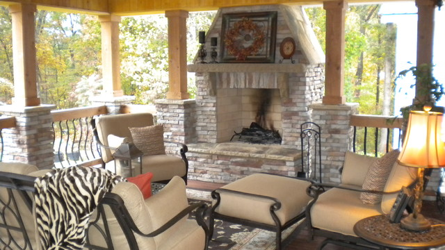 Rustic outdoor room traditional-porch