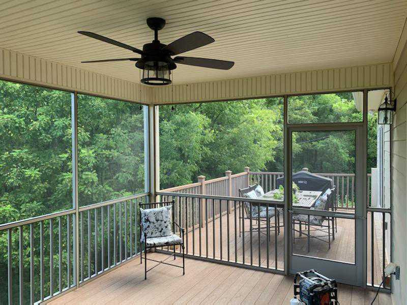 Screened Back Porch Deck