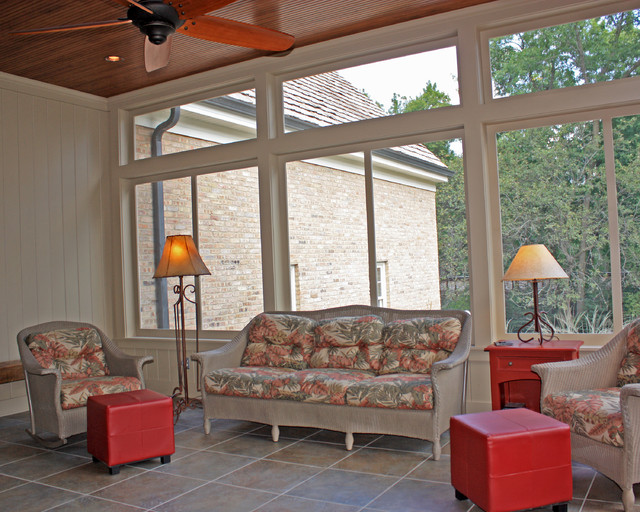 Shelby Garage traditional-porch