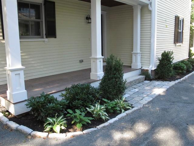 Small Clic Side Porch Idea In Boston With Decking