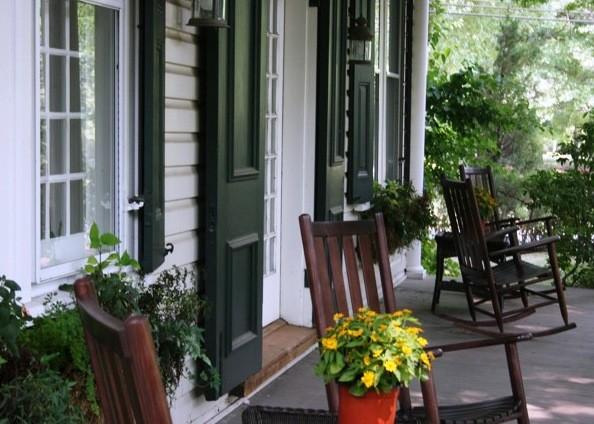 Solebury Farmhouse farmhouse-porch