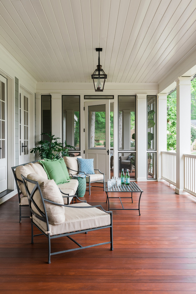 Inspiration for a farmhouse porch remodel in Other