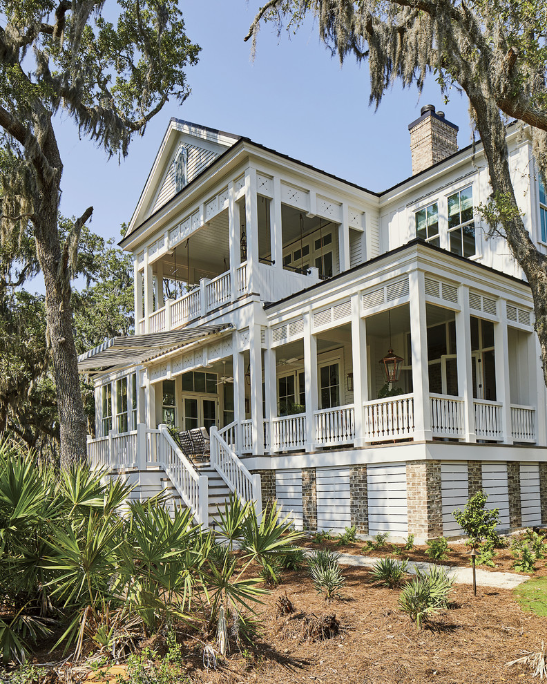 Inspiration for a coastal porch remodel in Jacksonville