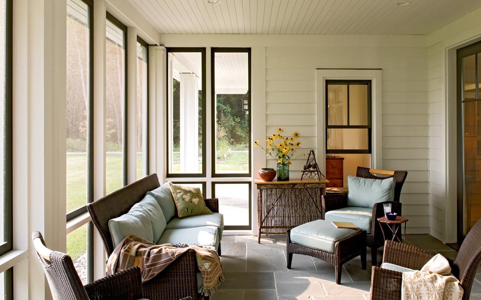 Cottage screened-in porch idea in Portland Maine