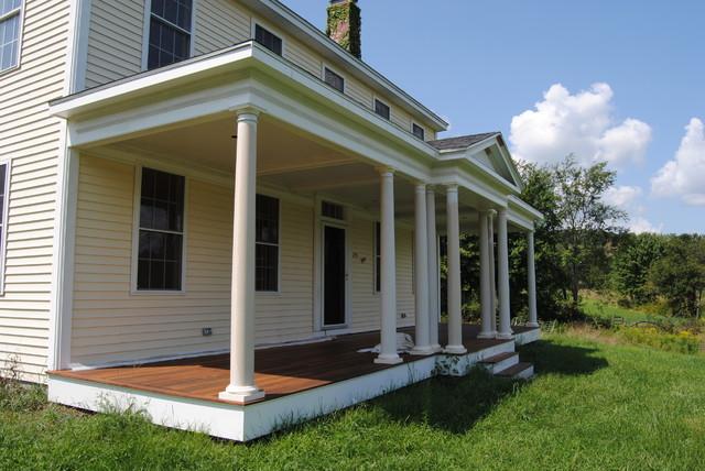Sunroom farmers porch for Farmers porch plans