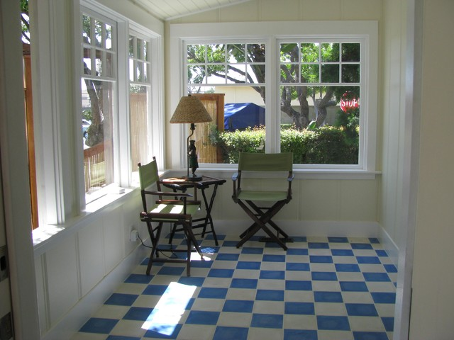 Sunroom eclectic porch