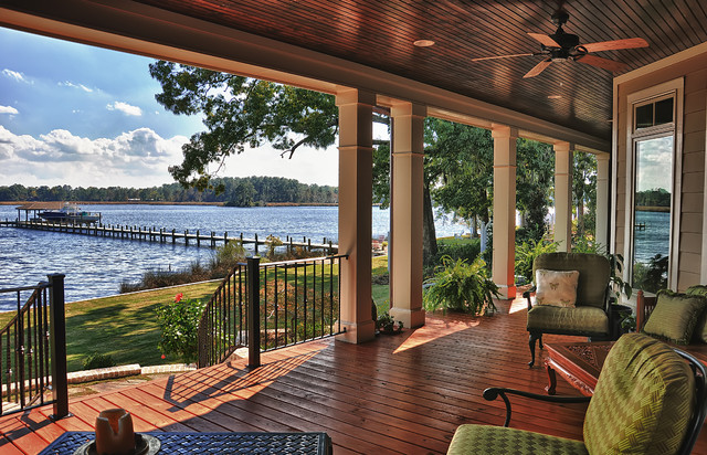 Tab Premium Built Homes, New Bern River Home Exterior traditional-porch