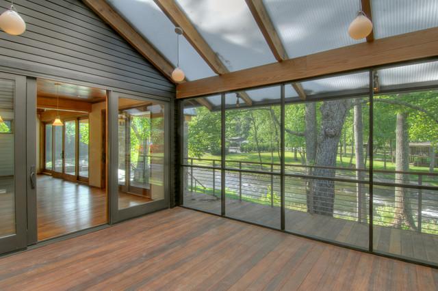 Tellico Cabin rustic-porch
