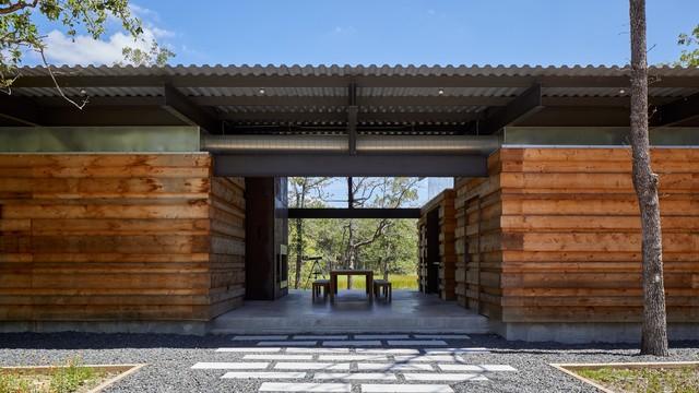 Texas Lake Retreat House transitional-porch