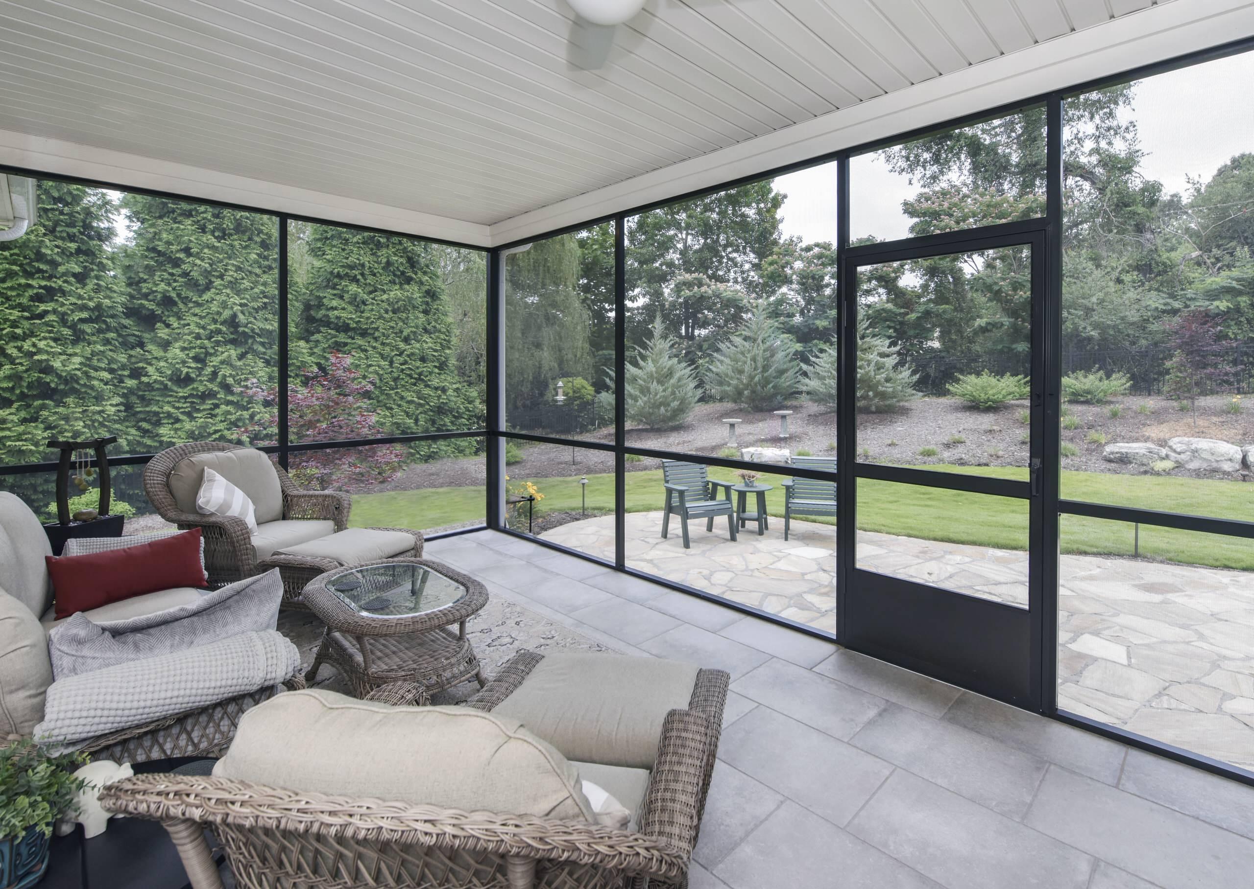 U Shaped House Porch Ideas Photos Houzz