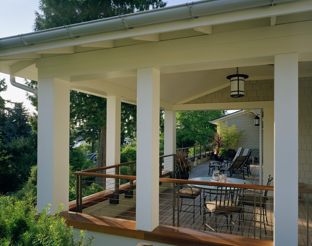 Wraparound porches have curb appeal covered really home blog for Traditional porch