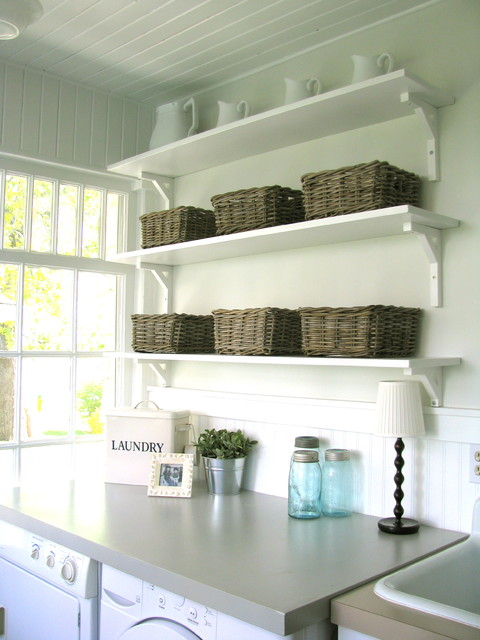 A Pretty Porchmudroomlaundry Room Traditional Porch