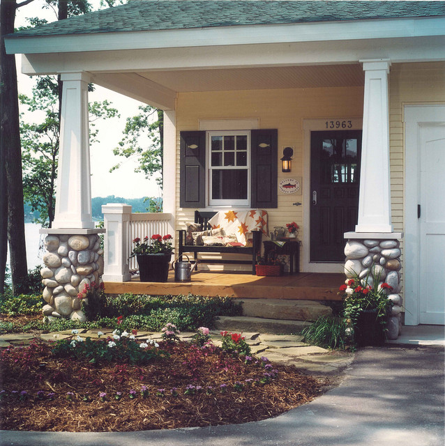 Traditional Porch craftsman-porch