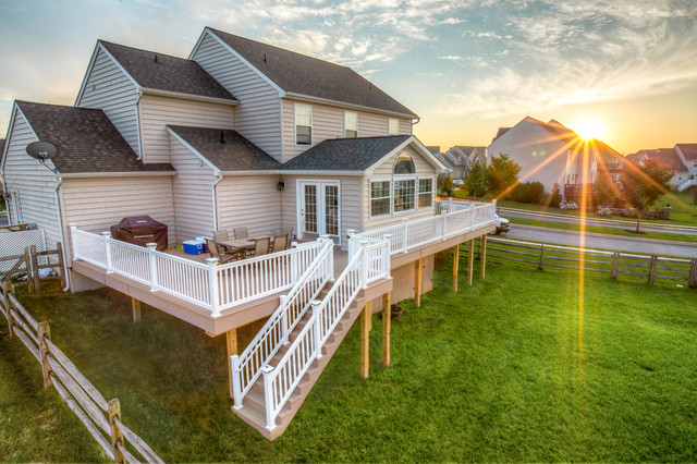 Vinyl Deck With Sunroom Traditional Porch