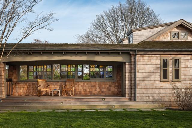 Wainscott Residence beach-style-porch