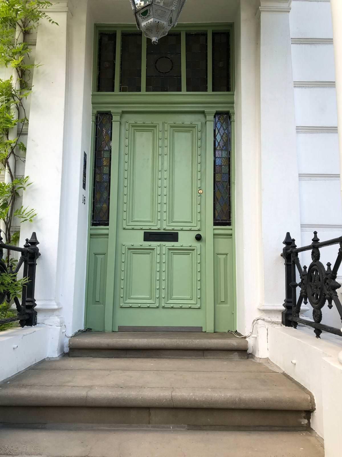 Entrance door - Porta d'entrata