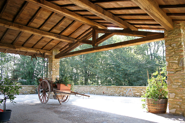 Tetti in legno in campagna portico milano di for Galimberti case legno