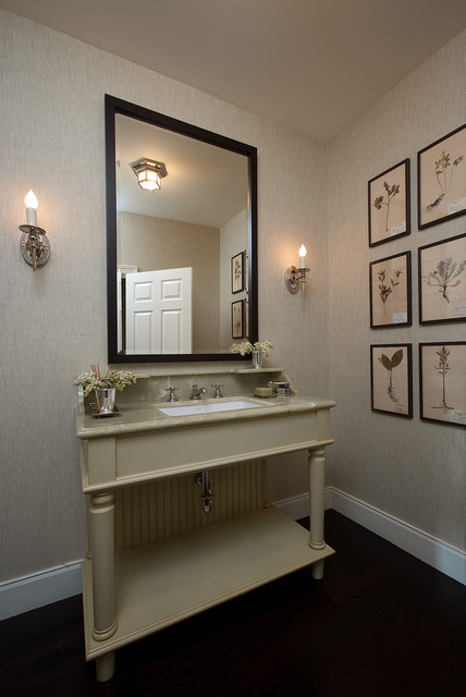 American style traditional-powder-room