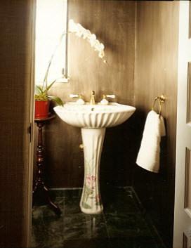 Bathrooms traditional-powder-room