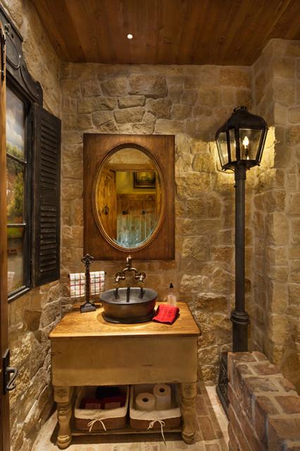 Man Cave Lismore : Bathrooms