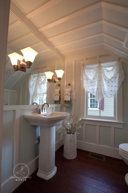 Blue River Cottage Cape Cod farm House - Farmhouse - Powder