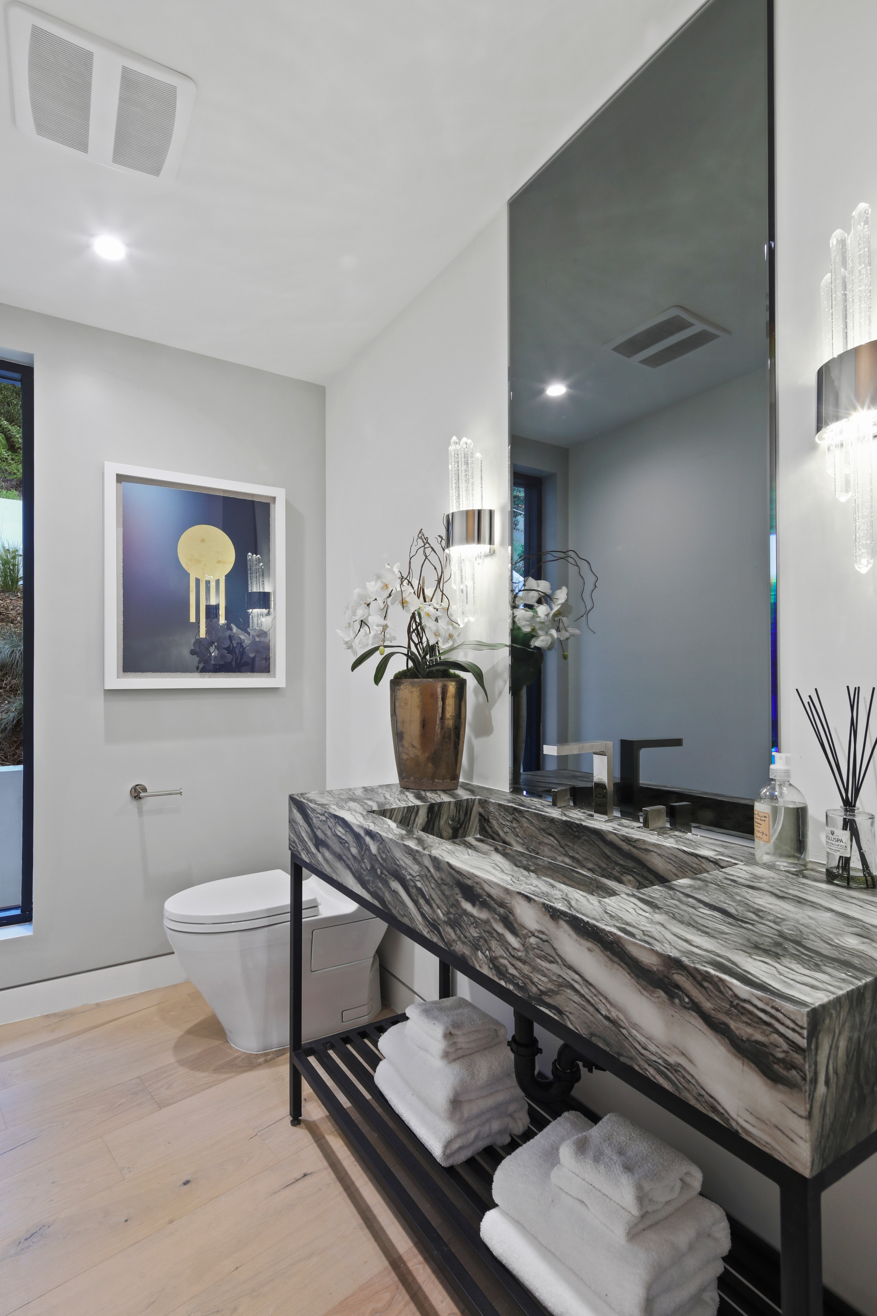 75 Beautiful Powder Room With Gray Walls Pictures Ideas February 2021 Houzz